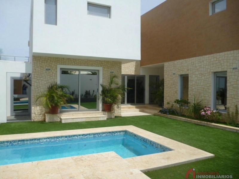 Asesores inmobiliarios 2vv5178 amplia y hermosa for Viviendas para terrazas